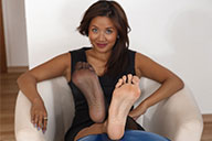 small preview pic number 4 from set 2357 showing Allyoucanfeet model Maxine