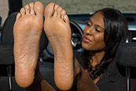 small preview pic number 4 from set 2372 showing Allyoucanfeet model Yazzi