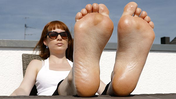 small preview pic number 1 from set 2441 showing Allyoucanfeet model Barbara