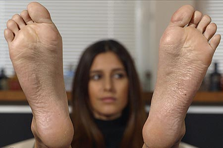 small preview pic number 6 from set 2514 showing Allyoucanfeet model July