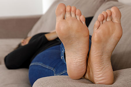 small preview pic number 2 from set 2518 showing Allyoucanfeet model Laurie - New Model