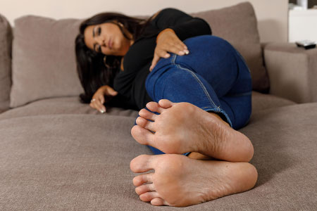 small preview pic number 6 from set 2518 showing Allyoucanfeet model Laurie - New Model