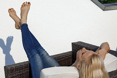 small preview pic number 4 from set 2524 showing Allyoucanfeet model Samantha
