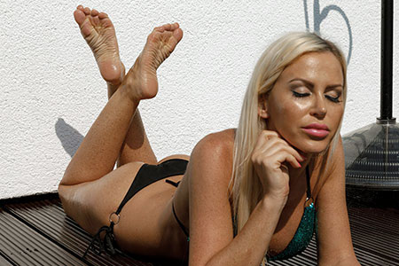 small preview pic number 2 from set 2526 showing Allyoucanfeet model Leyla