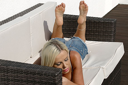 small preview pic number 2 from set 2527 showing Allyoucanfeet model Leyla