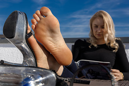 small preview pic number 2 from set 2529 showing Allyoucanfeet model Emilia