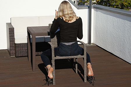 small preview pic number 2 from set 2530 showing Allyoucanfeet model Emilia