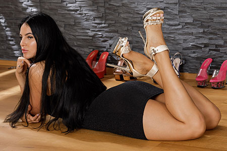 small preview pic number 3 from set 2531 showing Allyoucanfeet model Marcie - New Model
