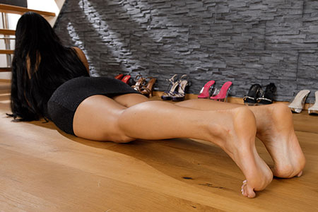 small preview pic number 5 from set 2531 showing Allyoucanfeet model Marcie - New Model