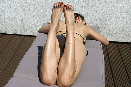 small preview pic number 3 from set 2533 showing Allyoucanfeet model Becky