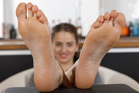 small preview pic number 4 from set 2539 showing Allyoucanfeet model Mascha
