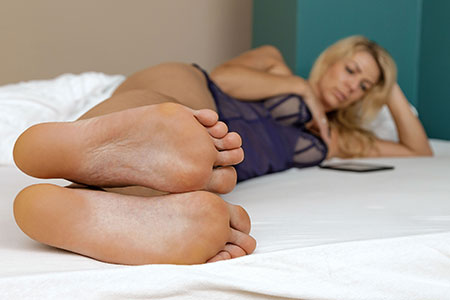 small preview pic number 6 from set 2545 showing Allyoucanfeet model Tanya