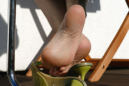 small preview pic number 3 from set 2548 showing Allyoucanfeet model Ariel