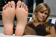 small preview pic number 6 from set 567 showing Allyoucanfeet model Amira
