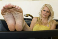 small preview pic number 6 from set 623 showing Allyoucanfeet model Isi