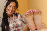 small preview pic number 4 from set 634 showing Allyoucanfeet model Vizzy