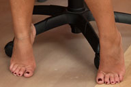 small preview pic number 2 from set 726 showing Allyoucanfeet model Agnes