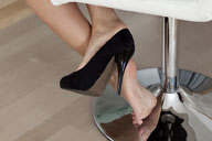 small preview pic number 2 from set 776 showing Allyoucanfeet model Luna