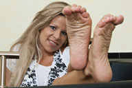 small preview pic number 6 from set 801 showing Allyoucanfeet model Nina