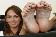small preview pic number 6 from set 828 showing Allyoucanfeet model Tara