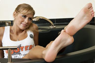 small preview pic number 6 from set 901 showing Allyoucanfeet model Amira