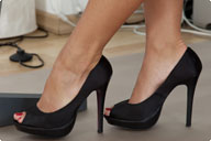 small preview pic number 1 from set 910 showing Allyoucanfeet model Valerie - New Model