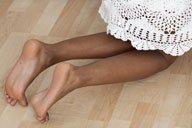 small preview pic number 6 from set 973 showing Allyoucanfeet model Naomi