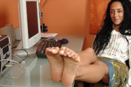 small preview pic number 5 from set 98 showing Allyoucanfeet model Vizzy