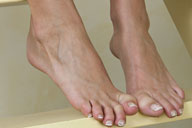 small preview pic number 2 from set 981 showing Allyoucanfeet model Ellen